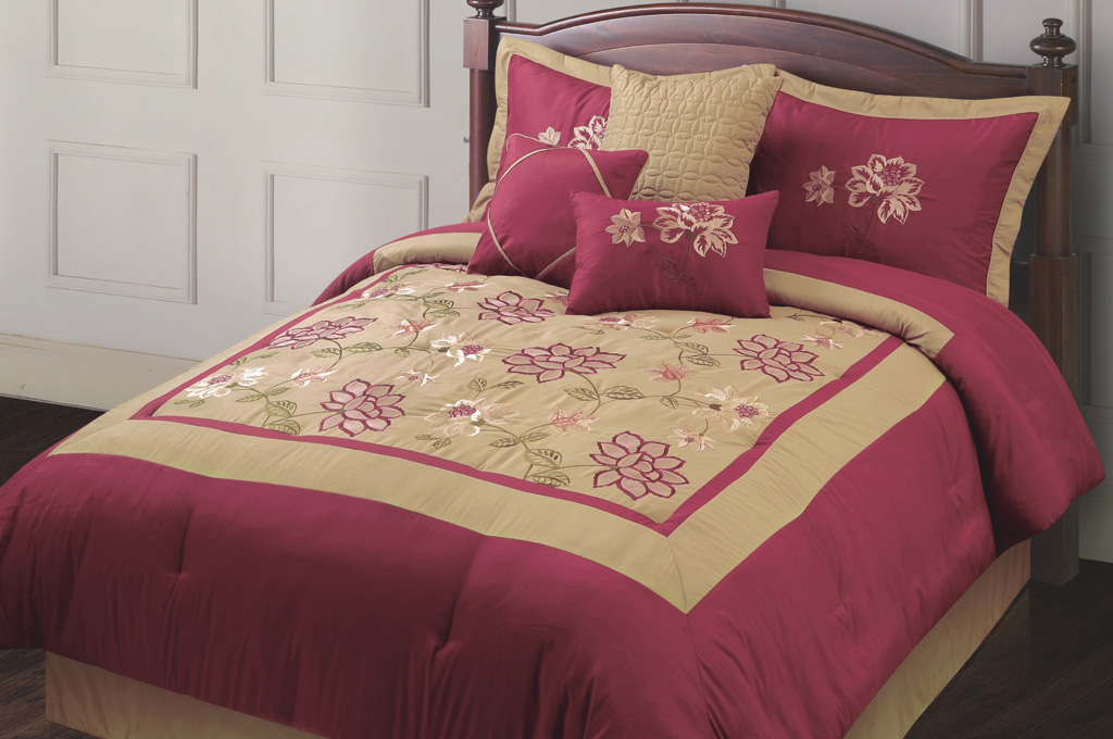 7 Piece Queen Adelacia Burgundy And Gold Embroidered