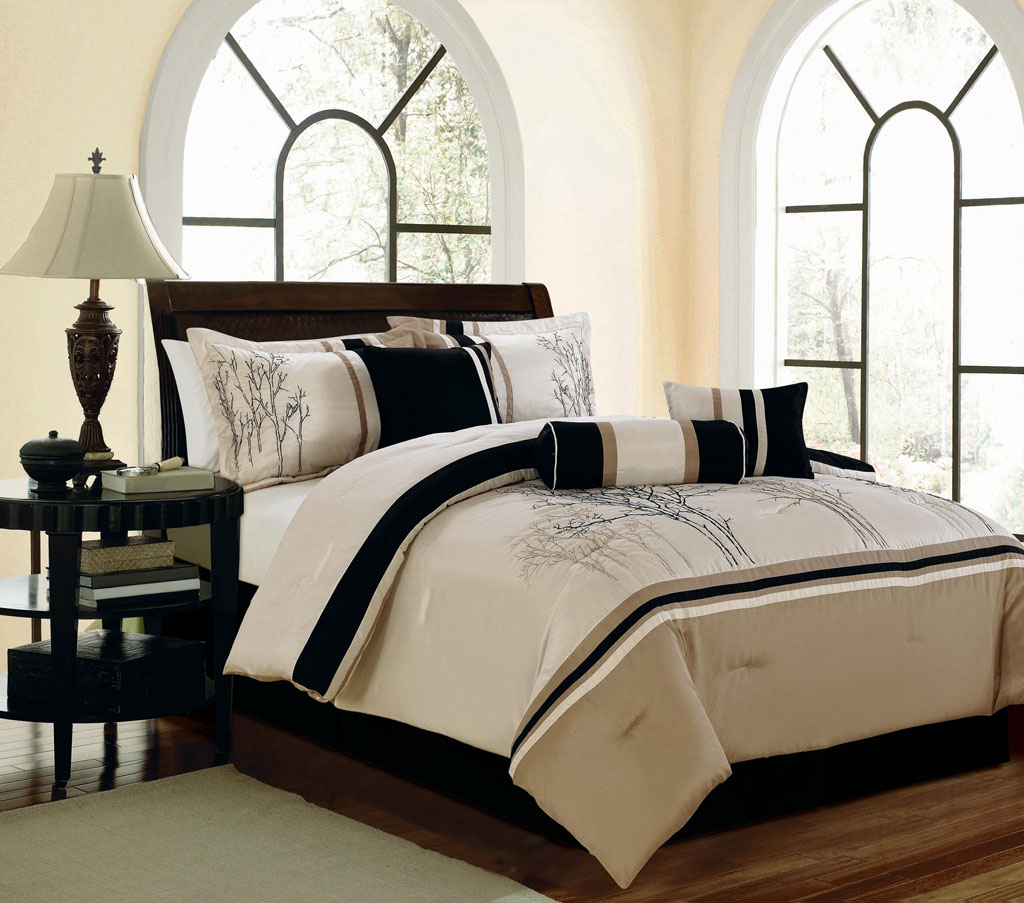 7 piece queen sanger embroidered comforter set ebay 7 piece queen bedroom furniture sets