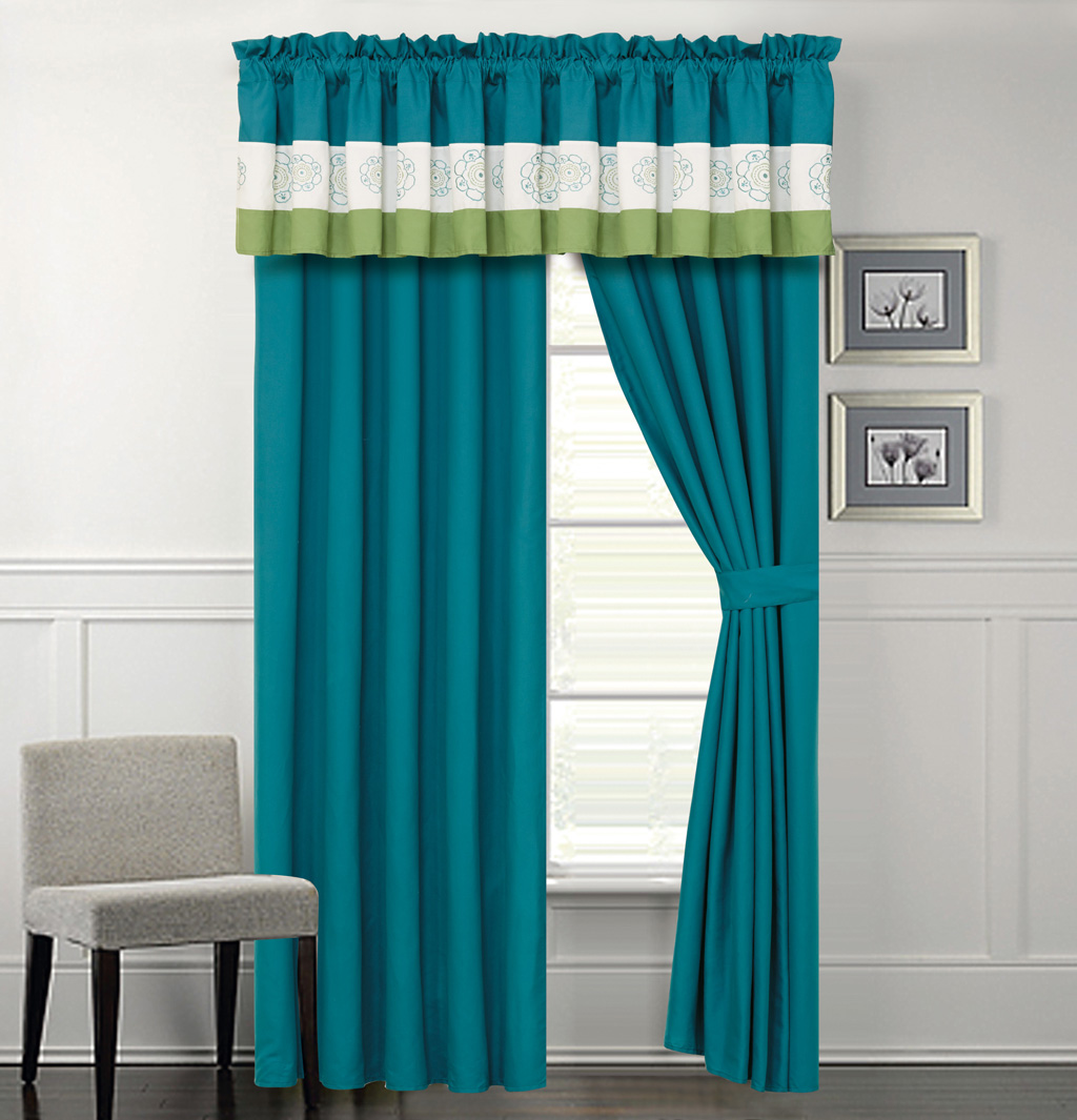 Parksville Turquoise And Green Curtain Set