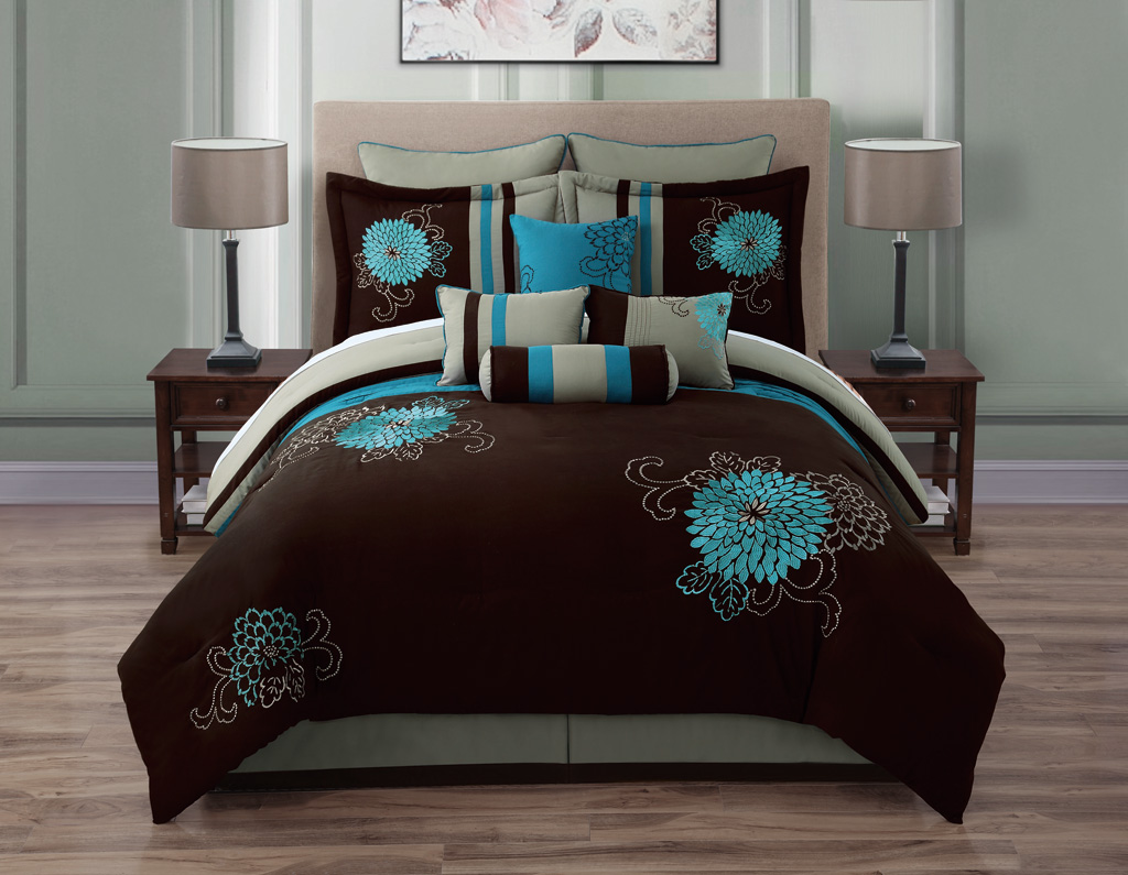 10 Piece Queen Josephine Chocolate and Teal forter Set