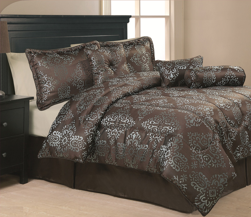 Comforter Silvers: 7Pcs Queen Coffee And Silver Jacquard Comforter Bedding Set