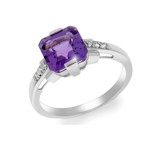 18ct White Gold 1.62ct Amethyst & 3pt Diamond Single Stone Ring Size: G