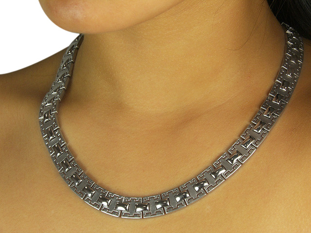 Patterned 925 Sterling Silver Square Link Necklace