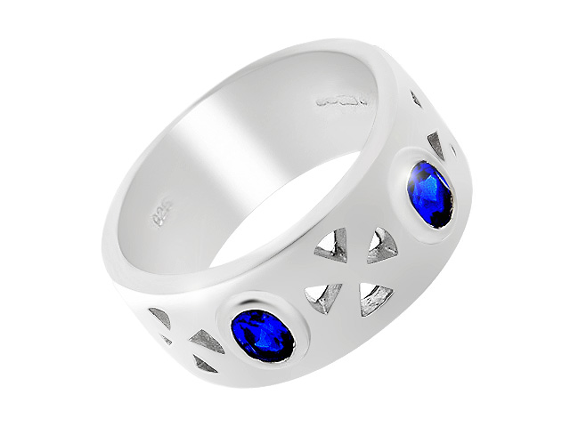 Silver Synth. Blue Spinel Ring