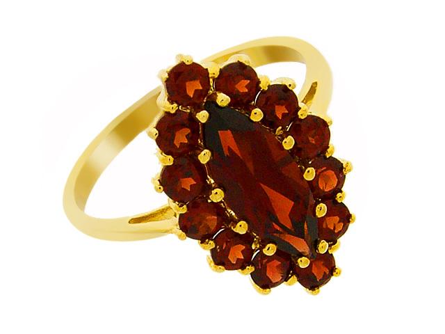 9ct Yellow Gold Garnet Cocktail Ring