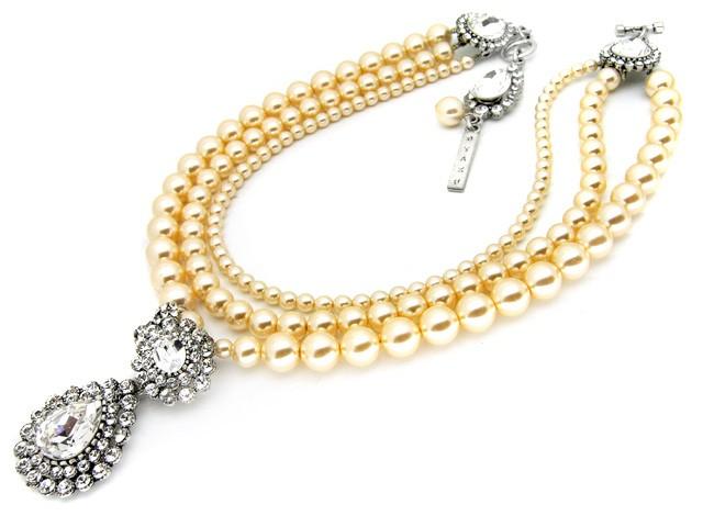 Otazu Faux Cream Pearl Necklace with White Cr