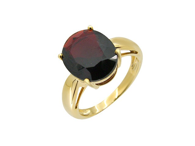 9ct Yellow Gold Garnet Cocktail Ring