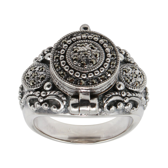 925 Sterling Silver Marcasite Classic Design Ring