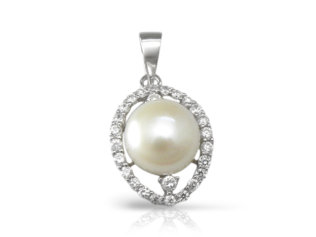Cubic Zirconia Fresh Water Pearl Necklace
