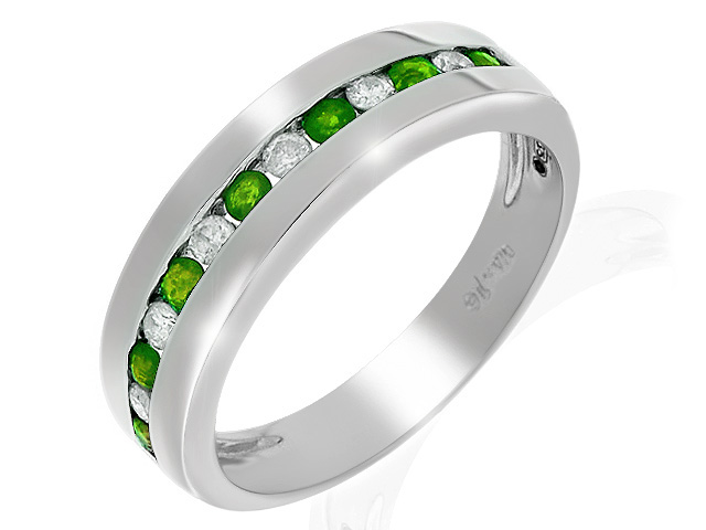 9ct White Gold Emerald