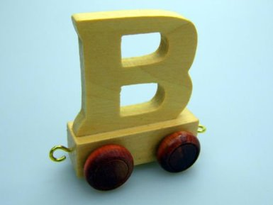 WOODEN-TOY-TRAIN-LETTERS-NAME-ABC-BOYS-TOY-XMAS-GIFT-CHRISTMAS-STOCKING-FILLER