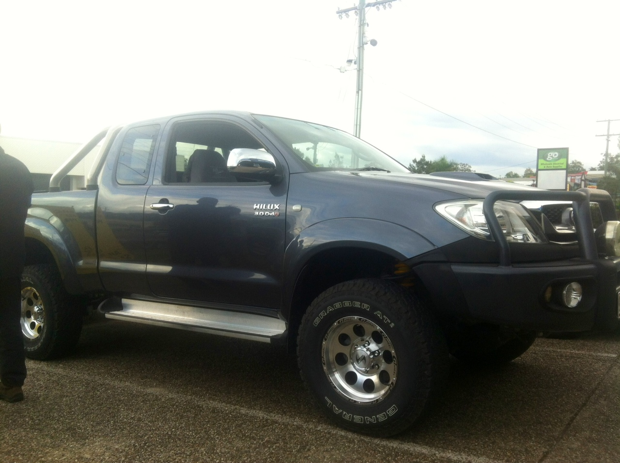 toyota hilux 4x4 kun26r 05 on 2inch raw suspension lift kit. Black Bedroom Furniture Sets. Home Design Ideas