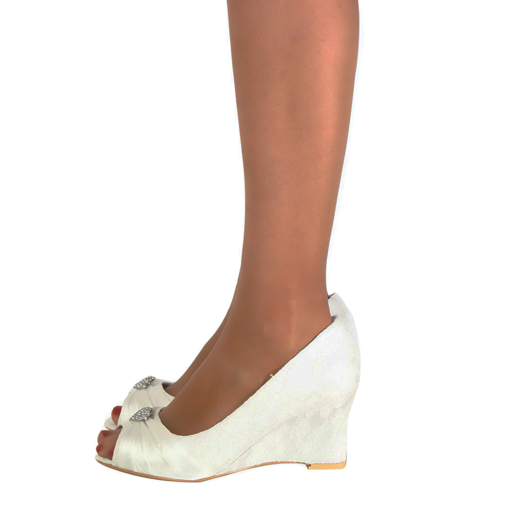How To Stretch Satin Peep Toe Shoes