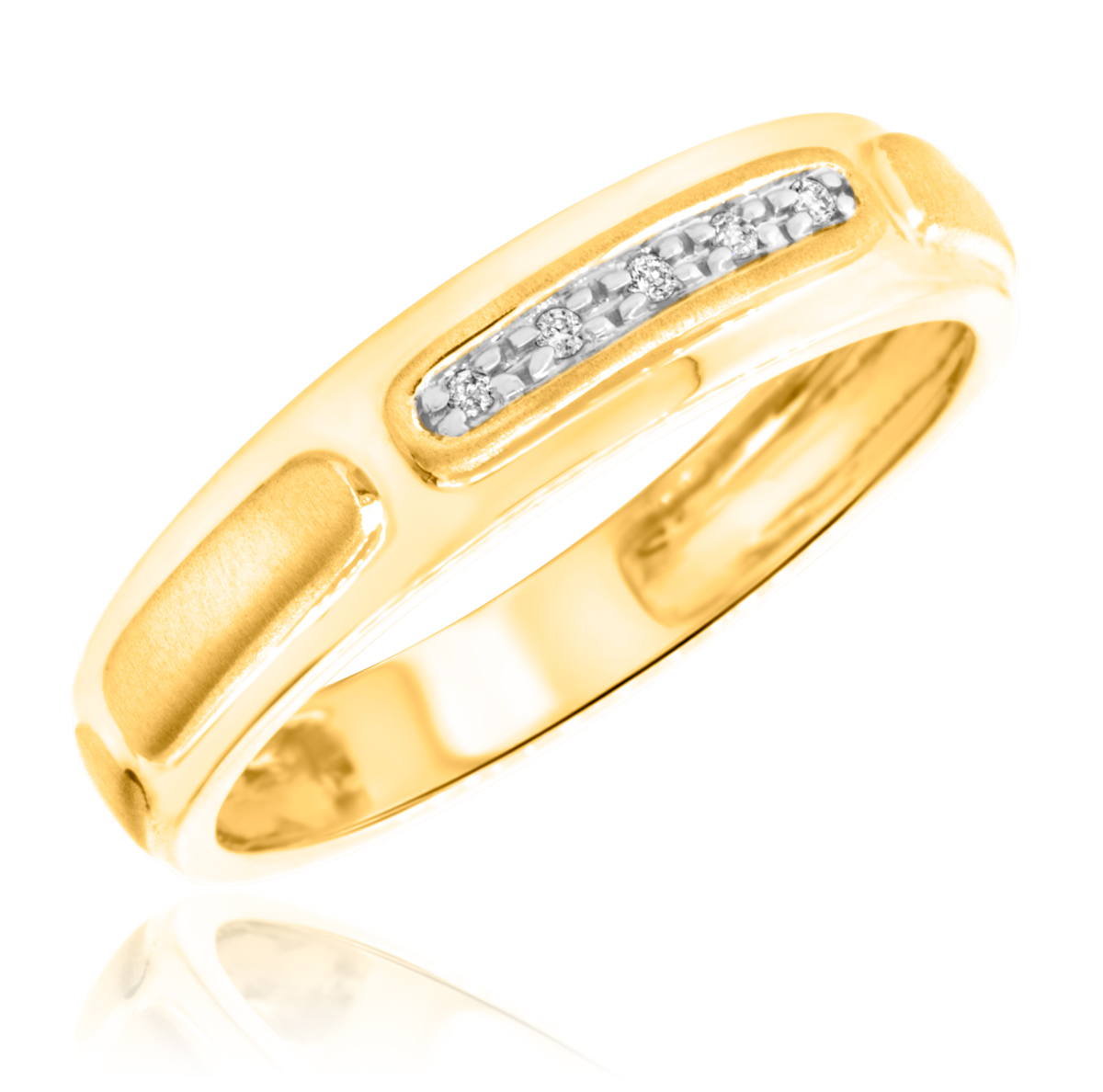 1/20 Carat T.W. Round Cut Diamond Mens Wedding Band 14K Yellow Gold- Size 8