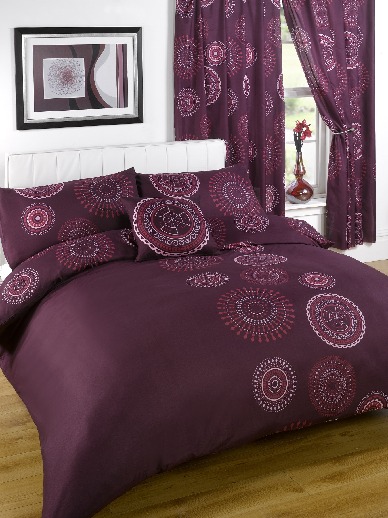 Bumper duvet complete bedding set with matching curtains kasbar single for Complete bedroom sets with curtains