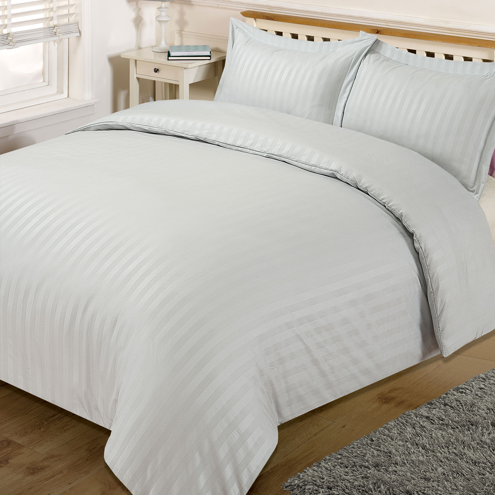 Satin-Stripe-Quilt-Duvet-Cover-with-Pillow-Case-Bedding-Set-Single-Double-King