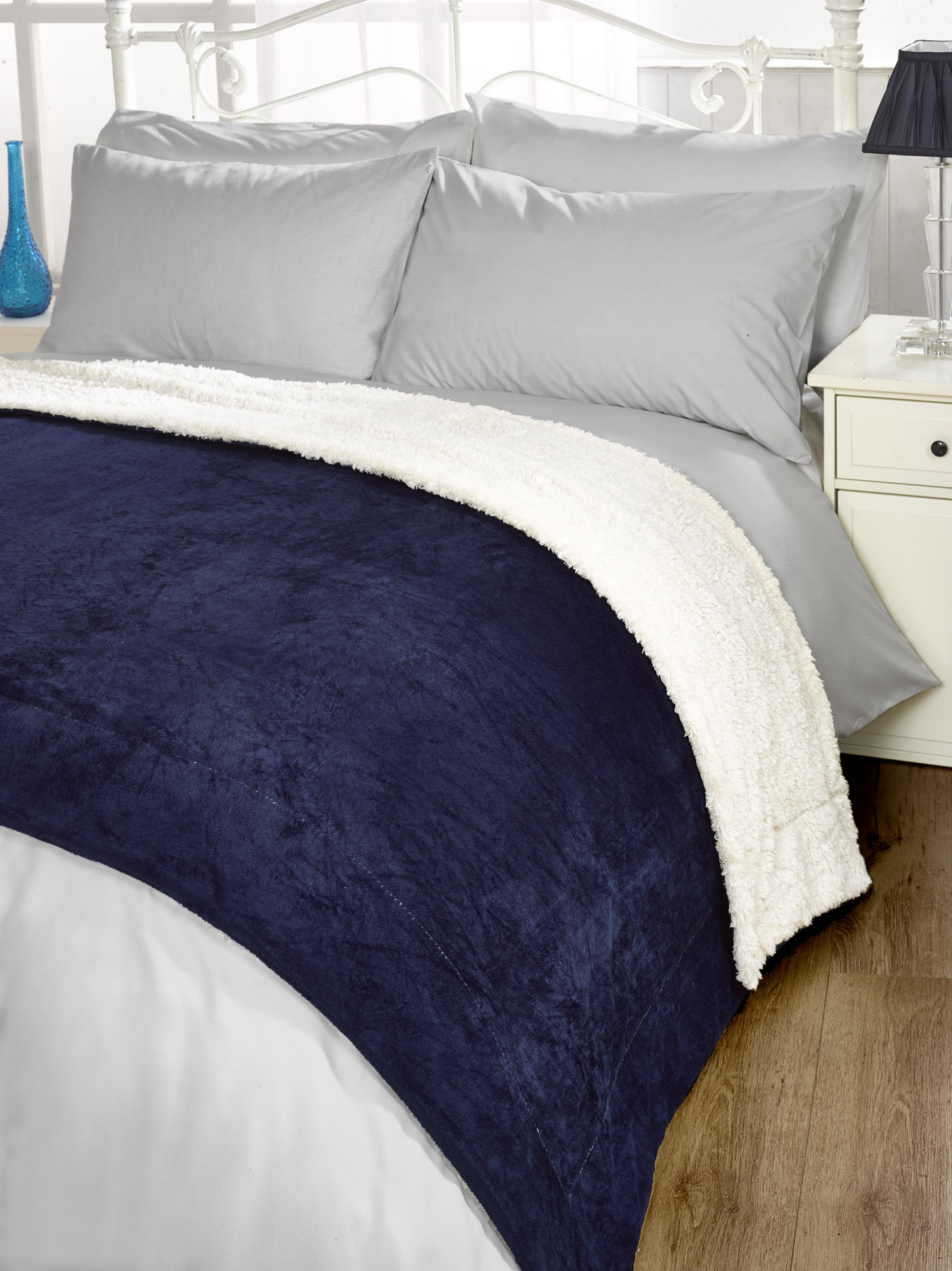 Luxurious sherpa throw blanket all colours ebay for Sherpa blanket
