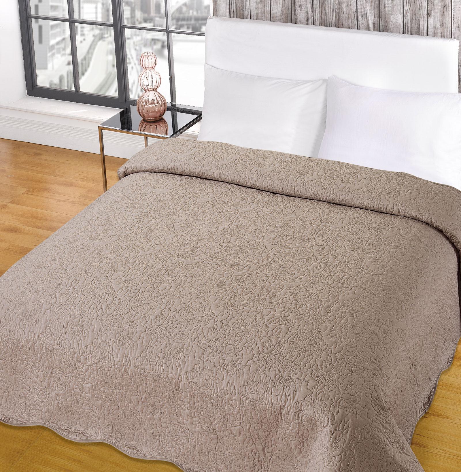 luxurious embroidered vintage bedspread comforter blanket throw duck egg white ebay. Black Bedroom Furniture Sets. Home Design Ideas