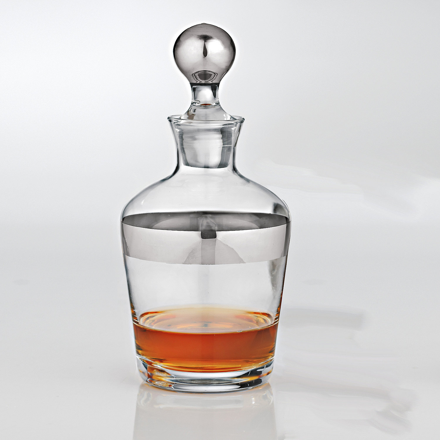 wine enthusiast madison avenue whiskey decanter ebay. Black Bedroom Furniture Sets. Home Design Ideas