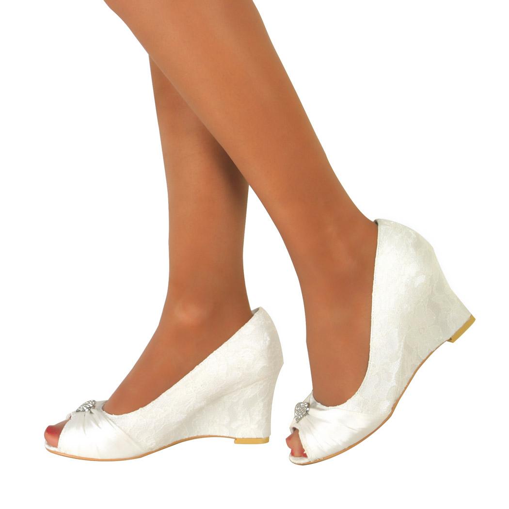 New Ladies Ivory Low Heel Wedge Wedding Bridal Court Shoe Heart Diamante Size