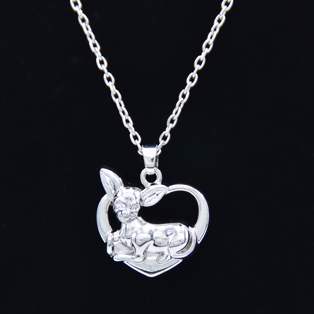 chihuahua doggie pendant necklace puppy