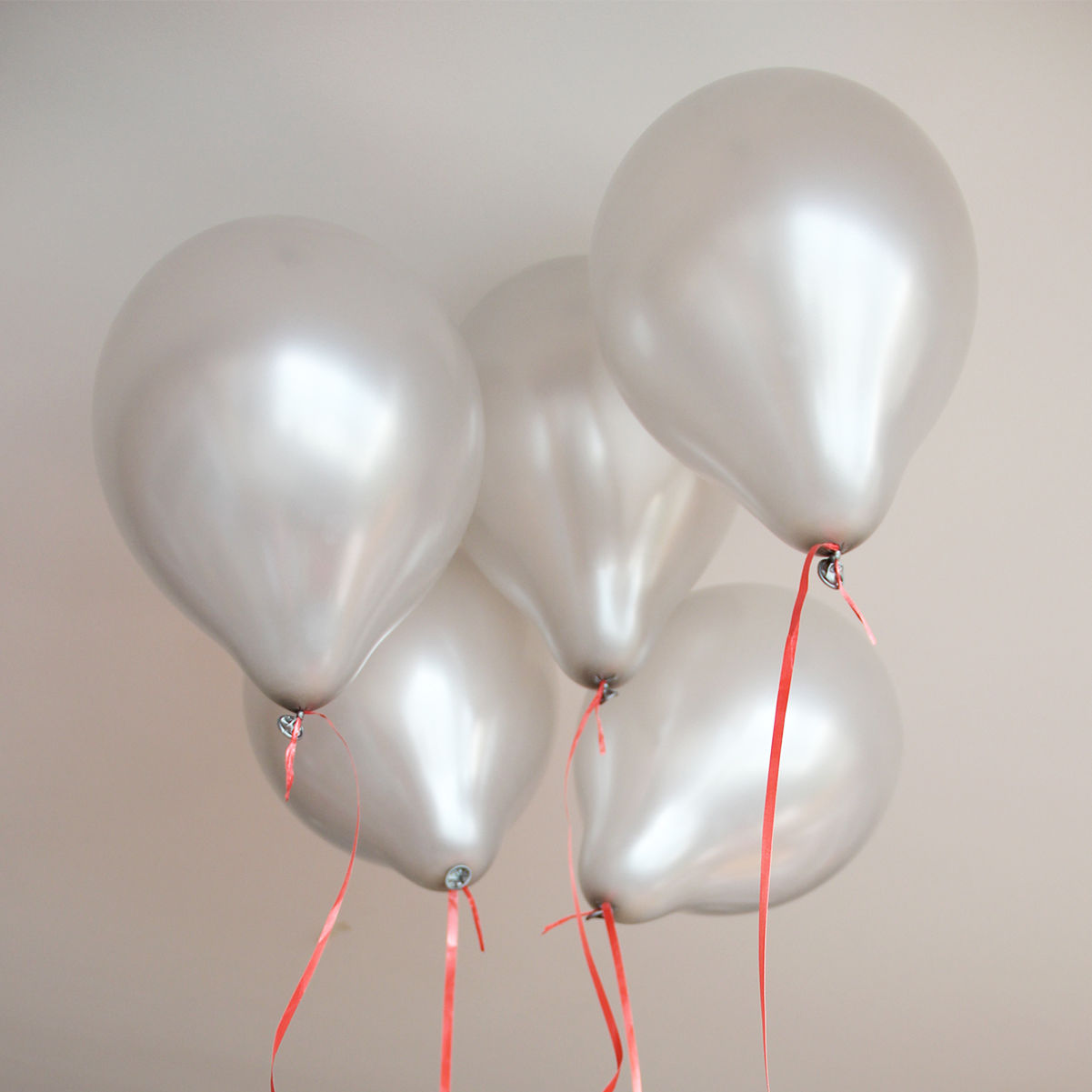 100 pcs 10 inch plain latex balloons party wedding for Silver cloud balloons
