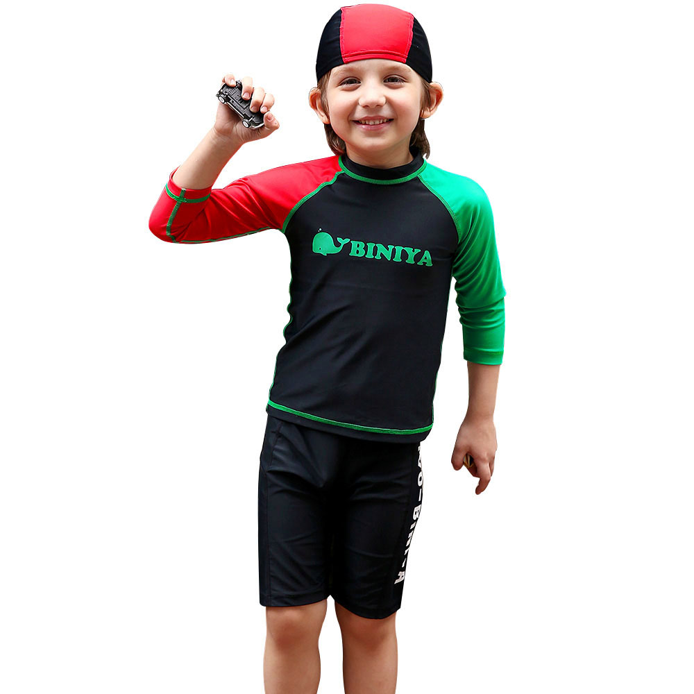 rash guards A rash guard is a great option for sun protective clothing that can get wet and dry quickly. For Women, we have long sleeve rash guards, short sleeve rash guards, rash guard tanks and thermal rash guards to customize your coverage.