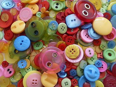 MIXED-BUTTONS-COLOURS-ASSORTED-SHAPES-SIZES-ART-CRAFT-SEWING-CARD-SCRAPBOOK-MAKE