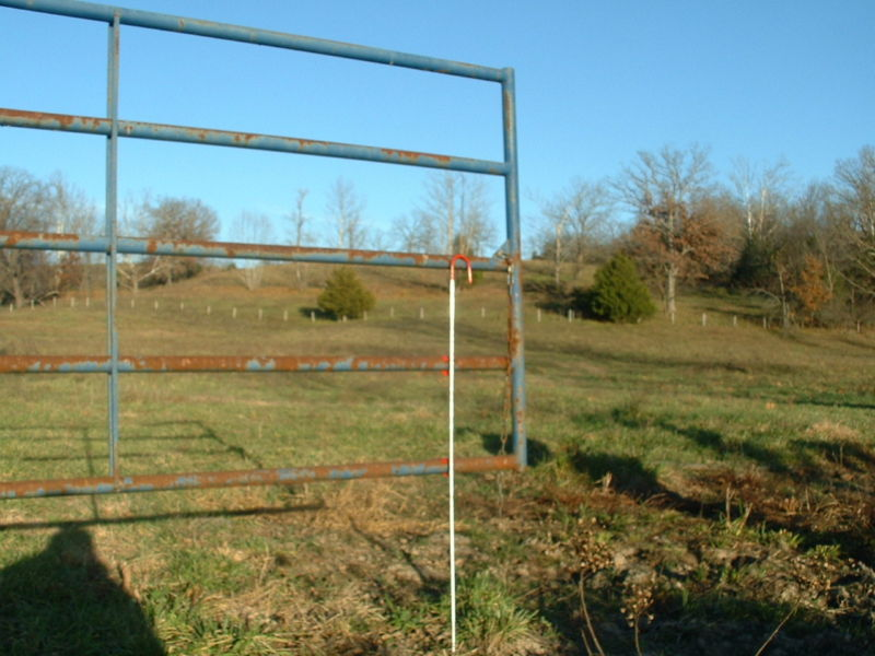Prop a gate panel fence holder farm hobby livestock easy for Easy fence installation