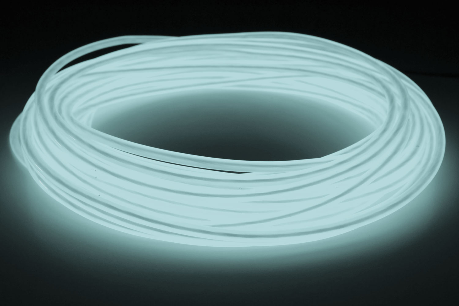 GlowCity Portable Light Up 5mm 50ft El Wire Kit With Plug In The ...