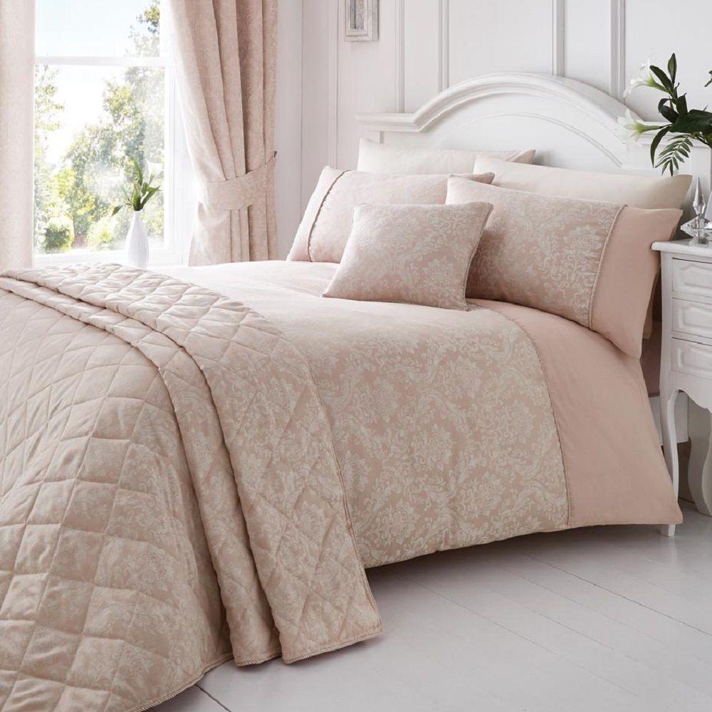 Elegant Floral Jacquard Cotton Rich Cream Pink Quilt Duvet