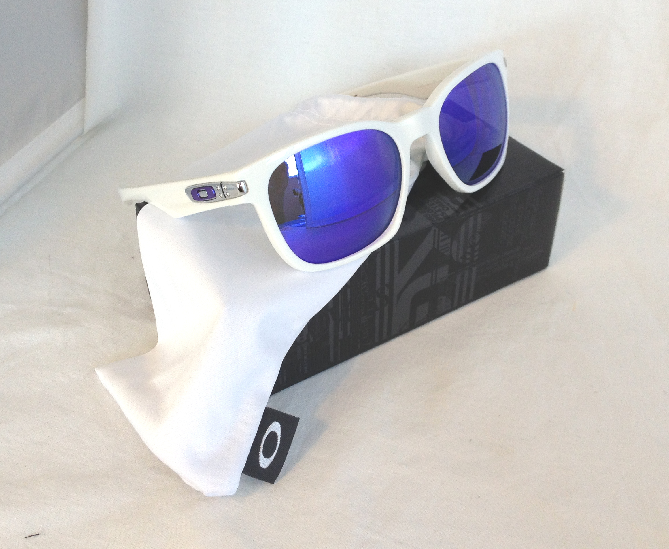 ladies oakley sunglasses  oakley garage rock