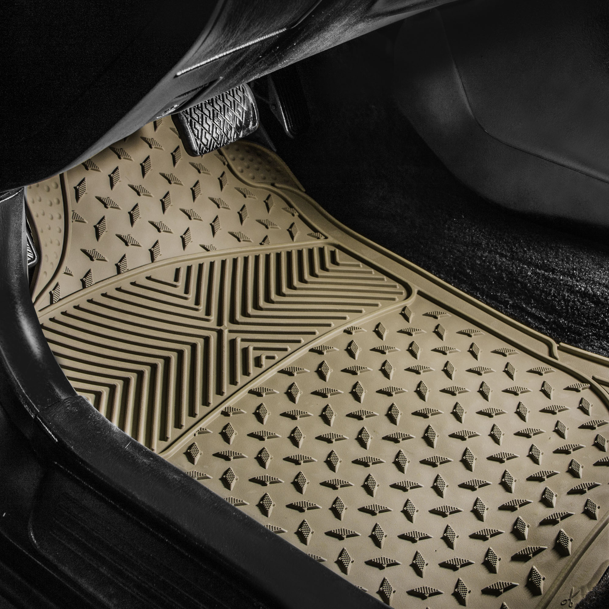 Black Mint Car Seat Covers With Black Premium Floor Mats