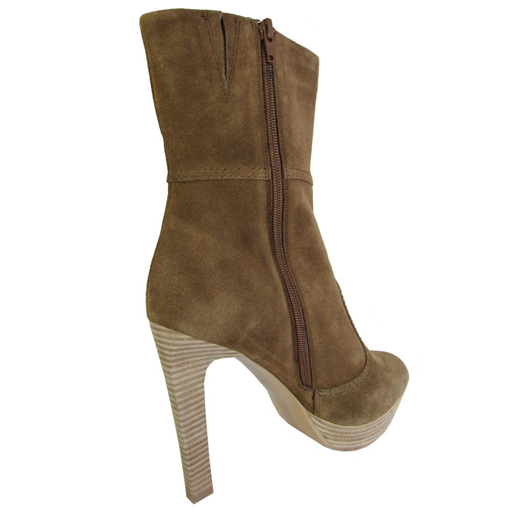 bcbg bcbgmaxazria ankle high heel boot shoe