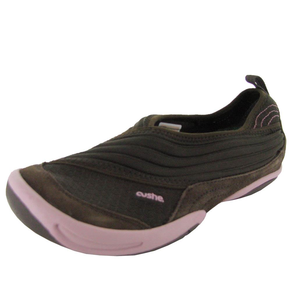 cushe womens bonsai suede casual slip on flat walking shoe