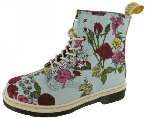 Dr. Martens Floral with FREE Shipping & Exchanges, and a % price guarantee. Choose from a huge selection of Dr. Martens Floral styles.