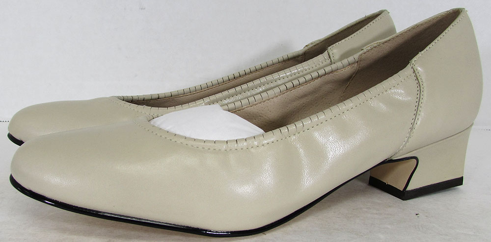 Naturalizer Womens Roslyn Heeled Dress Pump Shoes US 6 Narrow Bone Leather