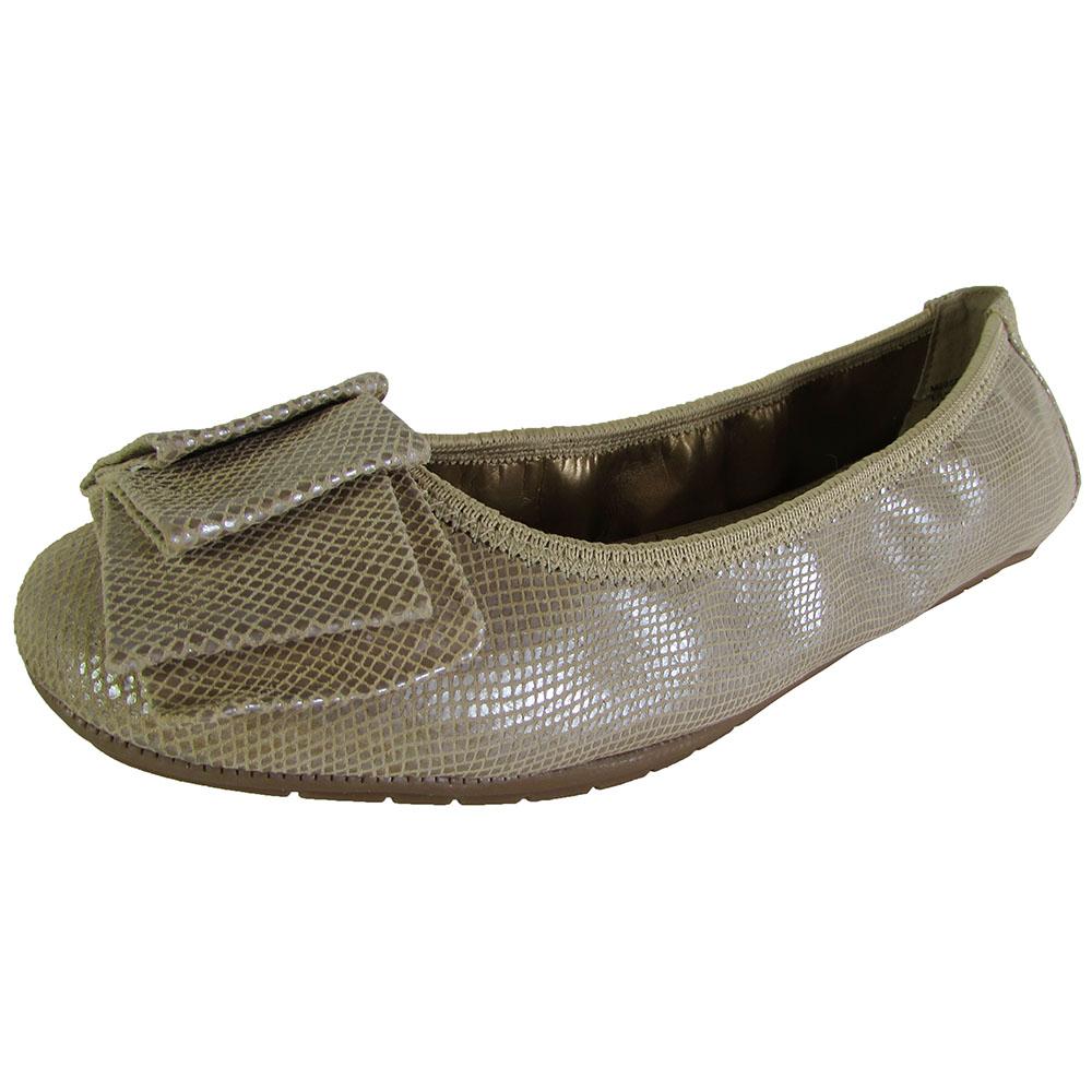 Me Too Womens Lilyana Leather Ballet Flat Shoe   eBay
