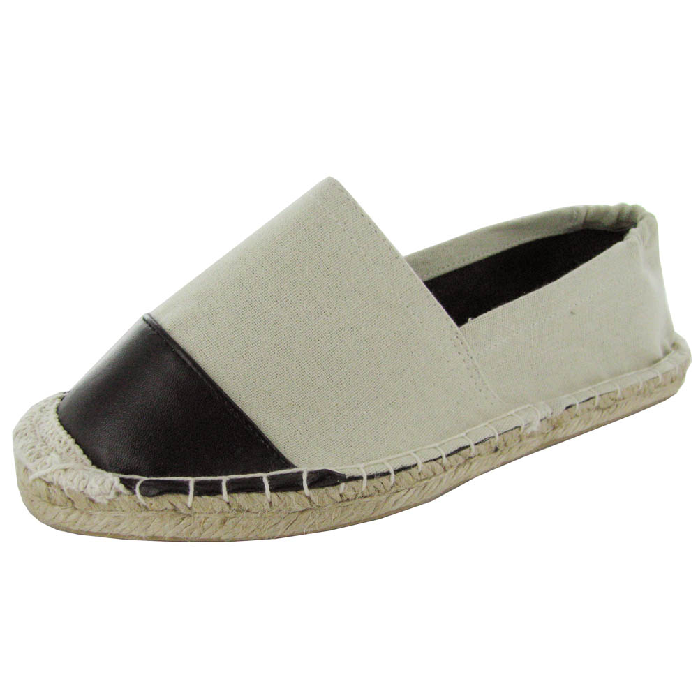 Free shipping and returns on UGG® Vista Slip-On Flat (Women) at nichapie.ml A pinked topline brings edgy charm to an everyday/everywhere flat crafted from soft nubuck in a loafer profile with a crepe-textured sole/5().