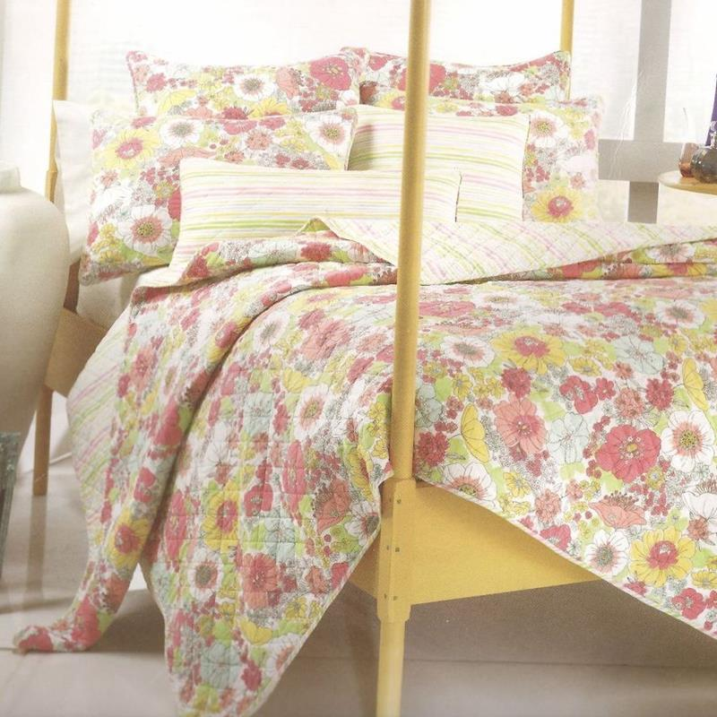 Home Collection Candy Floral 250T Cotton Oversize Queen Quilt & Sham Set at Sears.com