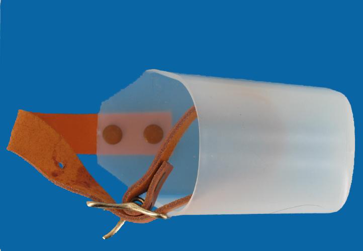 Plastic surf pier fishing rod butt rest holder ebay for Pier fishing rod holder