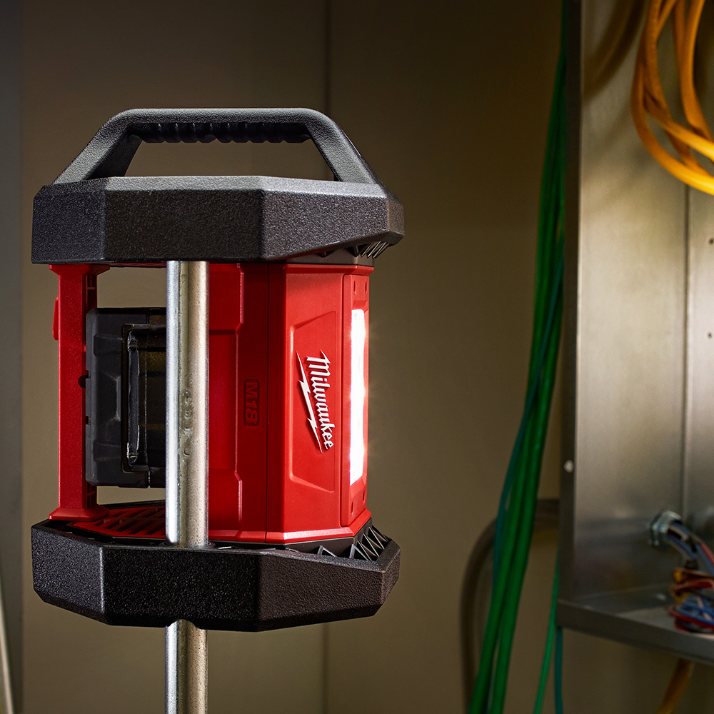 milwaukee 2361 20 m18 18 volt led flood light bare tool ebay. Black Bedroom Furniture Sets. Home Design Ideas