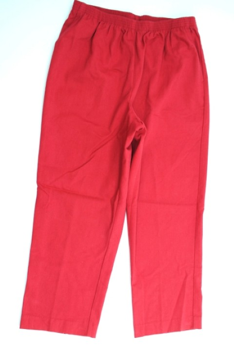 Alfred Dunner NEW ALFRED DUNNER WOMENS PROPORTIONED SHORT   STRETCH RED PANTS 16 at Sears.com