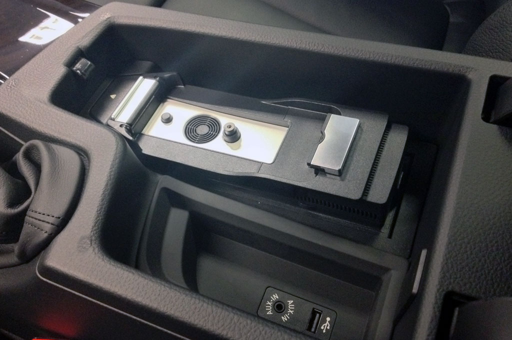 Bmw Iphone 5 5s Connect Snap In Adapter