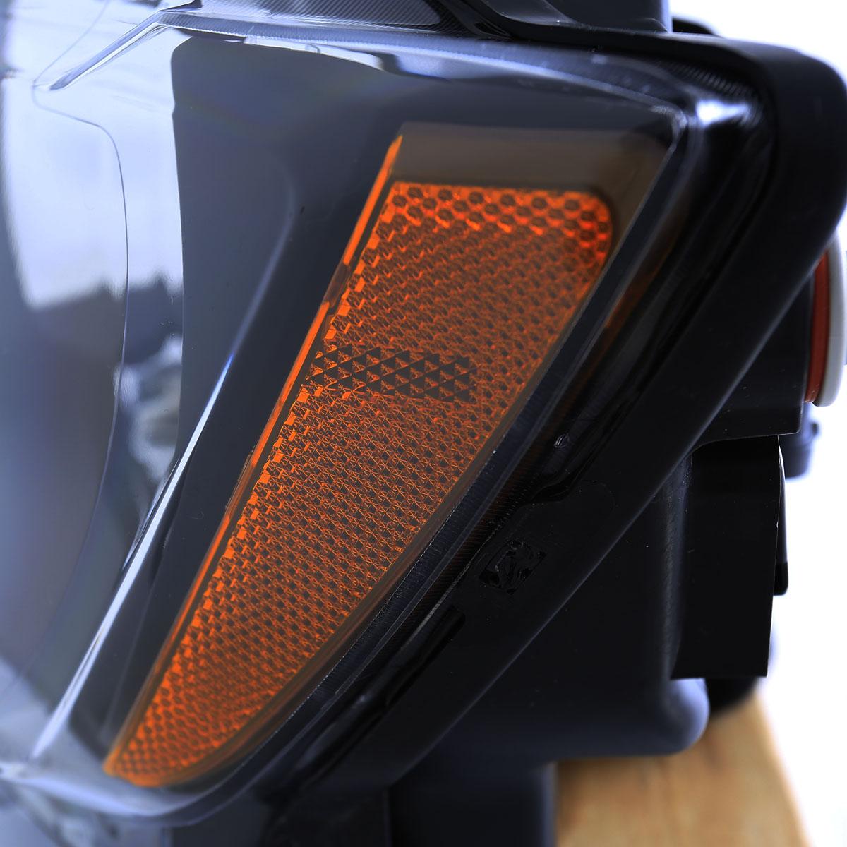 w bulbs 2011 2012 2013 jeep grand cherokee factory style black headlights pair. Black Bedroom Furniture Sets. Home Design Ideas