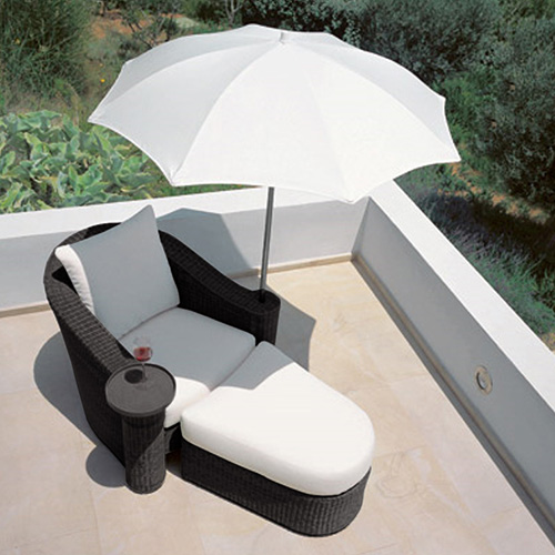 new image of lounge chair with umbrella