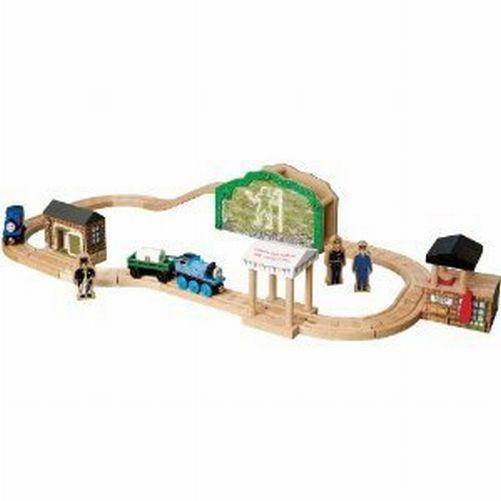 thomas wooden railway happy birthday mr percival 26 piece railroad track set ebay. Black Bedroom Furniture Sets. Home Design Ideas