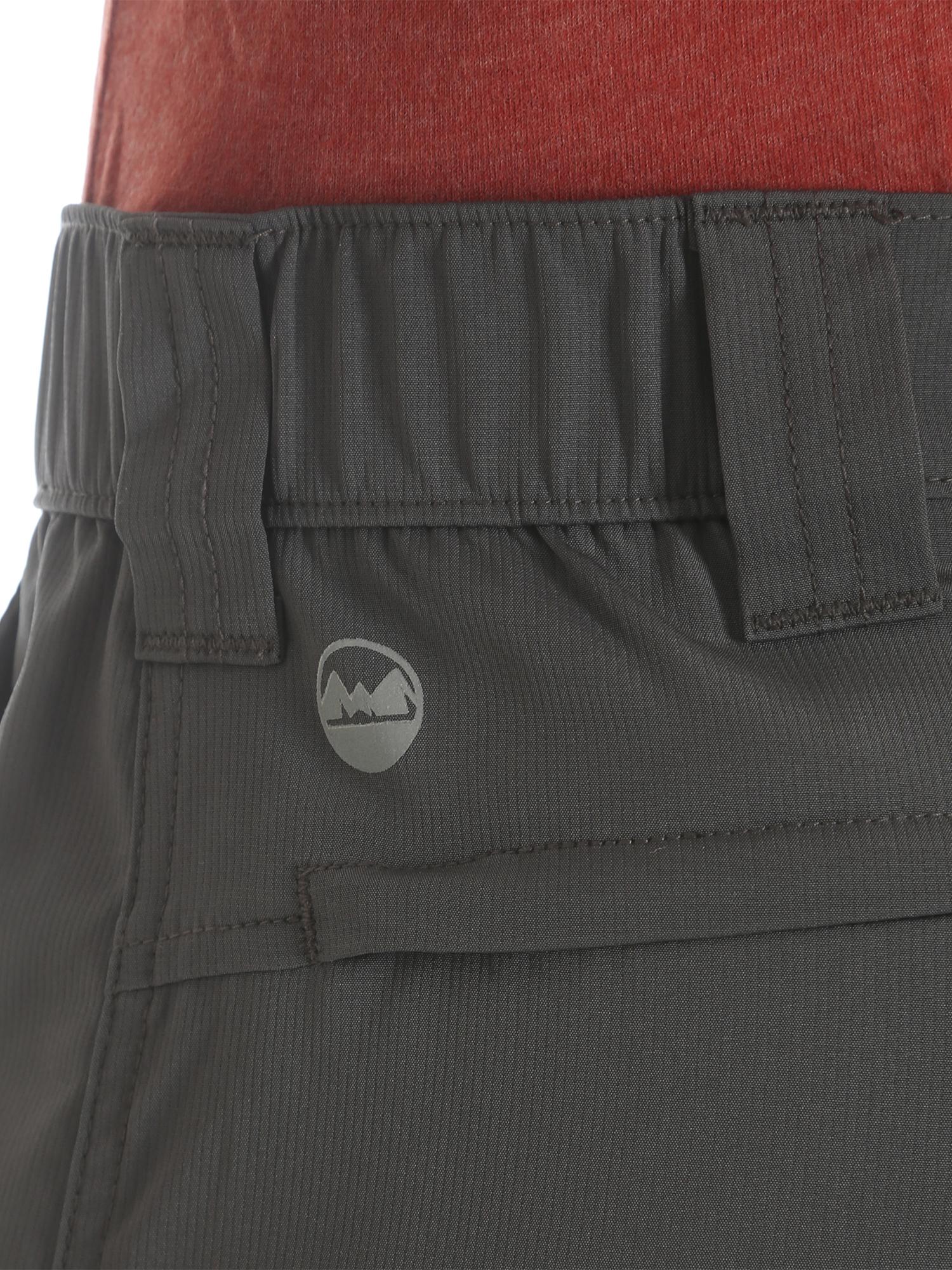 Wrangler NEW Solid Men/'s Outdoor Performance Flex Side Elastic Utility Shorts