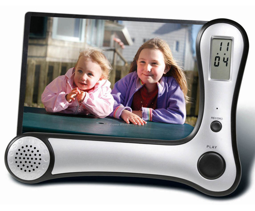 Digital-Voice-Recording-Photo-Frame-with-Built-In-Clock-Hear-Your-Loved-Ones