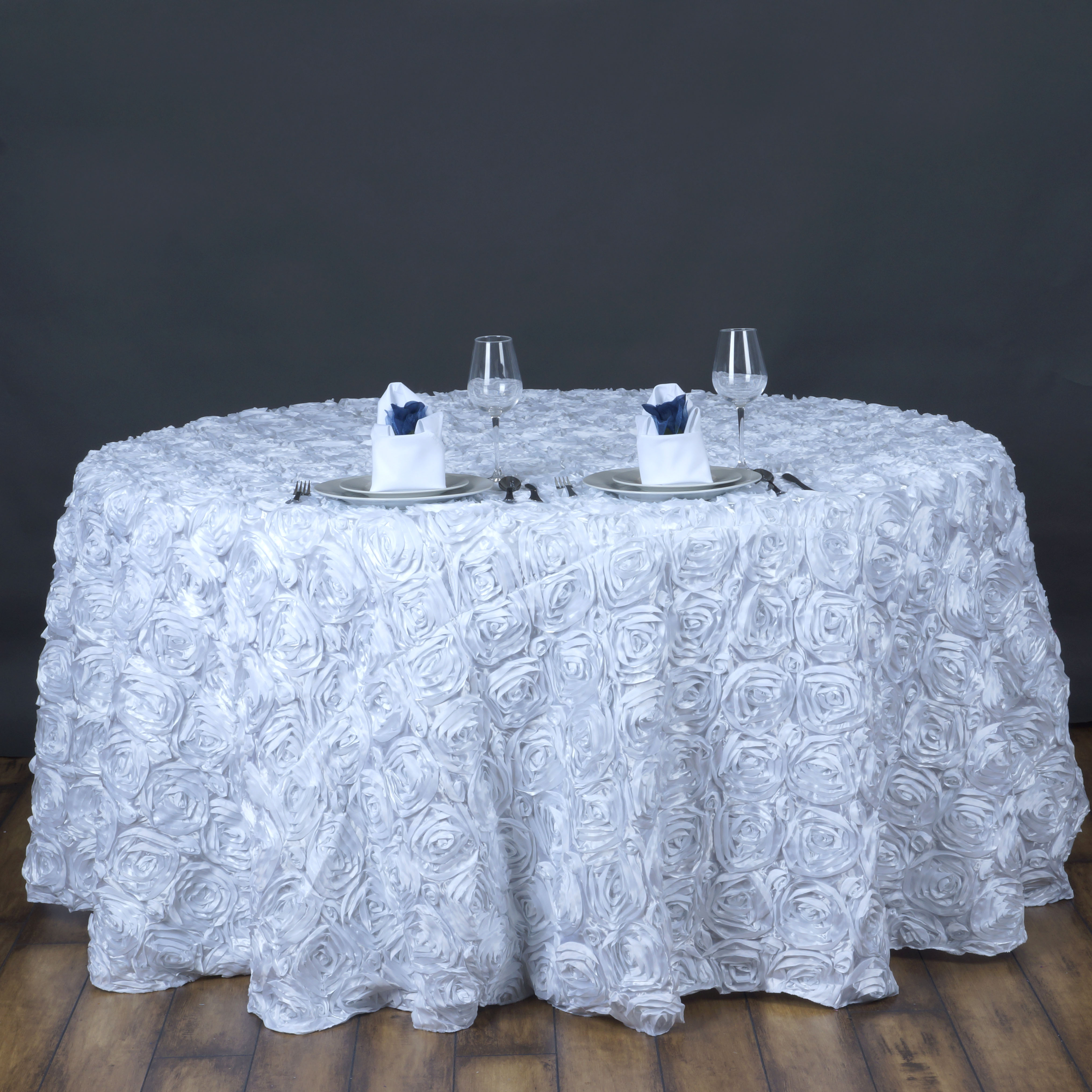 white ribbon roses 120 round tablecloth fancy wedding party catering linens ebay. Black Bedroom Furniture Sets. Home Design Ideas